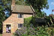 Visit Capt Cook Cottage